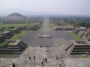 800px-Teotihuacan