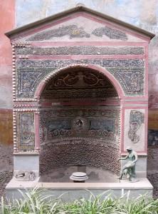 The_Small_Fountain_House,_Pompeii,_Italy