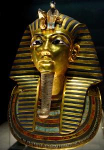 800px-Tuthankhamun_Egyptian_Museum