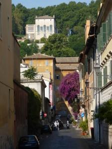 Trastevere_-_via_s_F_di_Sales_-_casa_della_memoria_e_della_storia,_sotto_villa_Lante_P1020130