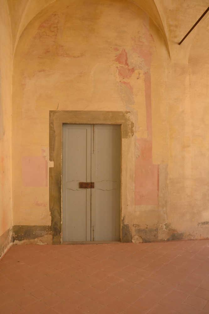 Il Chiostro prima del restauro ©CertosadiCalci-MiBACT-MiBACT