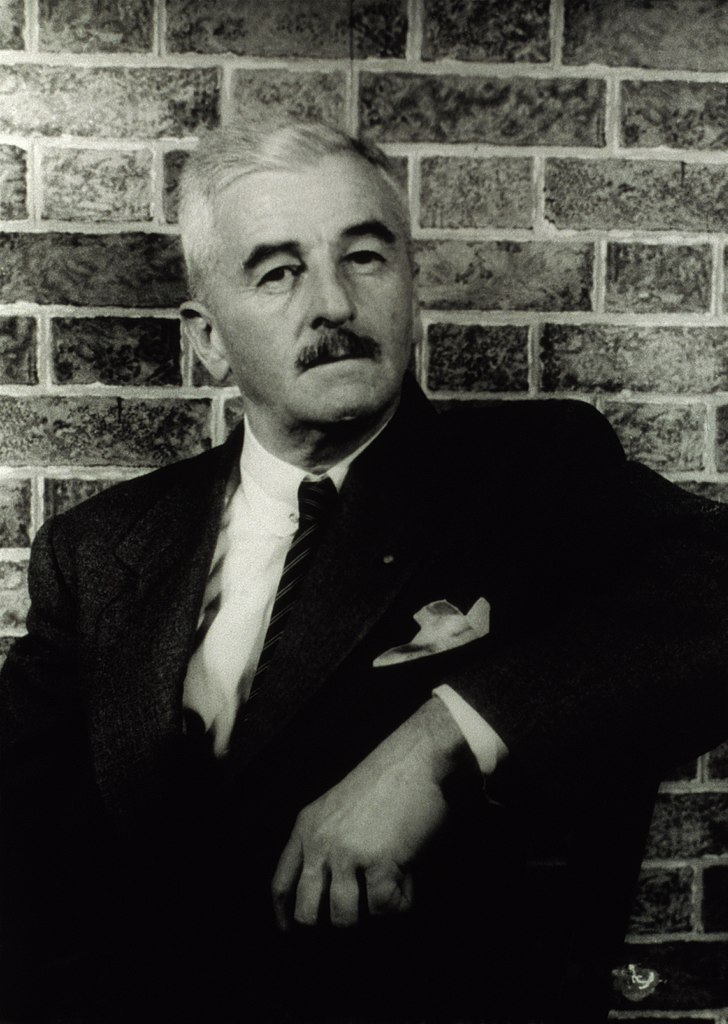 Luce d'agosto William Faulkner