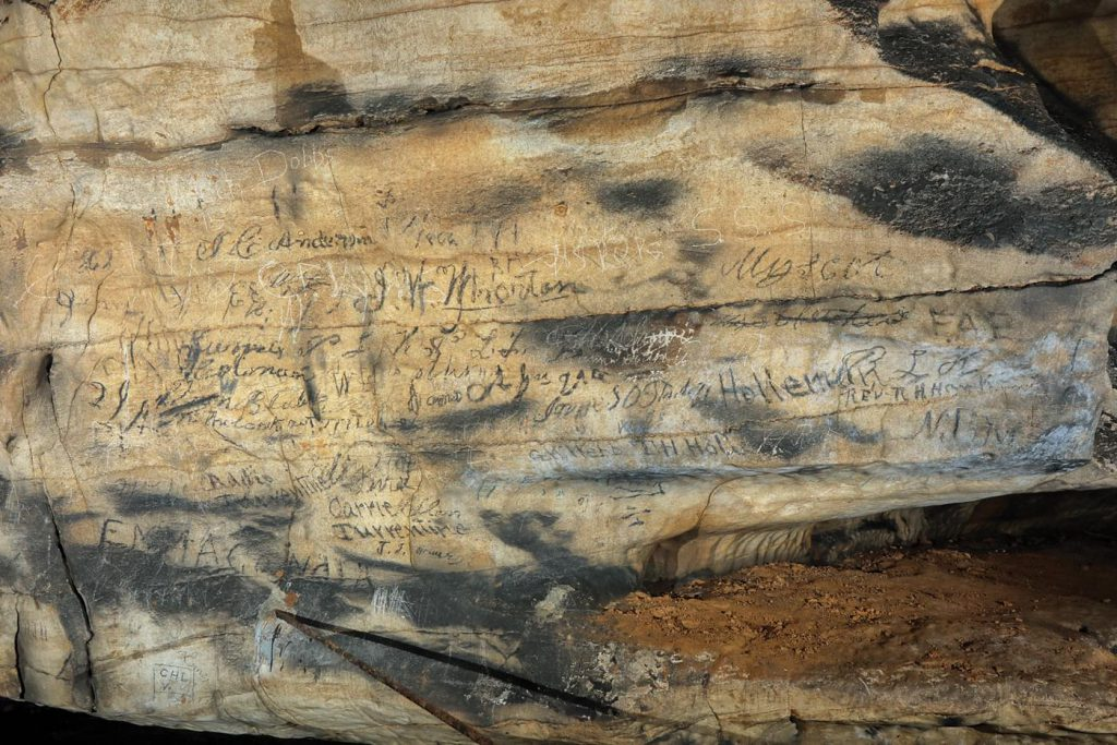 Talking stones Alabama cave Manitou Cave Cherokee inscriptions