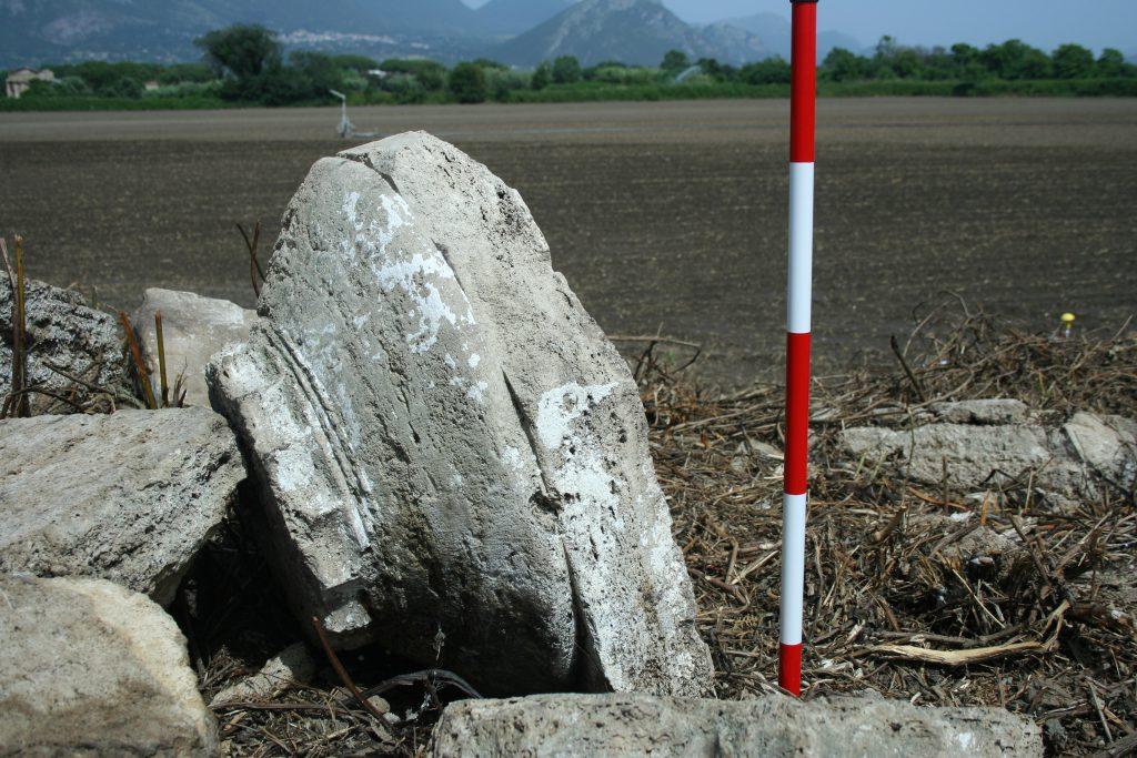 Capitello dorico. Parco archeologico di Paestum