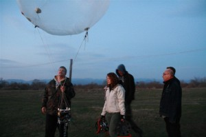Esperimento con un pallone ad elio. Fonte: Project Tibiscum