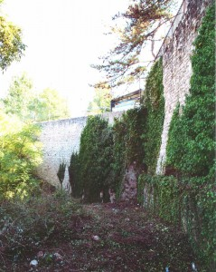 Porta San Lorenzo o Pizzoli prima dei lavori di restauro