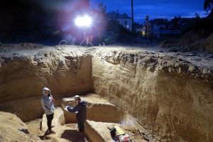 Scavi a Sandomierz, nel luogo dove l'inusuale tomba è stata scoperta. Foto di Monika Bajka