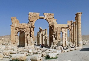 800px-Palmyra_-_Monumental_Arch