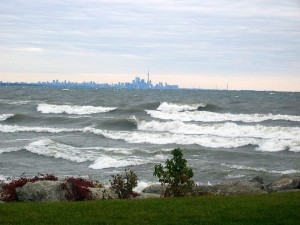 Wave_in_Lake_Ontario
