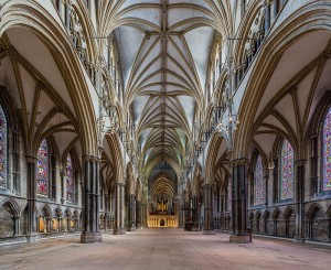 Lincoln_Cathedral_Nave_1,_Lincolnshire,_UK_-_Diliff