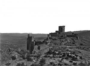 800px-Castle_of_Jimena_GWW