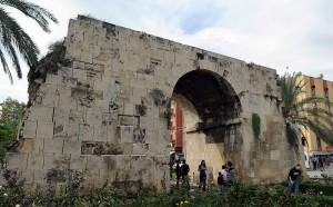 800px-Cleopatra_Gate_in_Tarsus