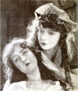 Orphans_of_the_Storm_(1921)_-_Dorothy_&_Lillian_Gish
