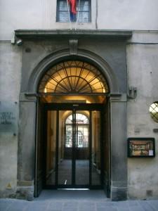 800px-Opificio_delle_pietre_dure,_ingresso