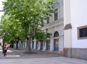 800px-VacHauptplatz