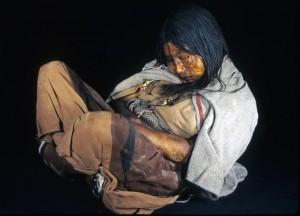 La Doncela, mummia inca ritrovata sul Monte Llullaillaco, in Argentina, nel 1999. Credit: Johan Reinhard