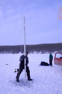 Ricerca sul campo, presso il lago ghiacciato. Credit: Mikkel Winther Pedersen