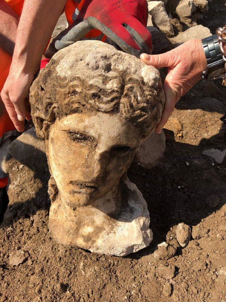 Testa di Dioniso. Courtesy Sovrintenza Capitolina ai Beni Culturali