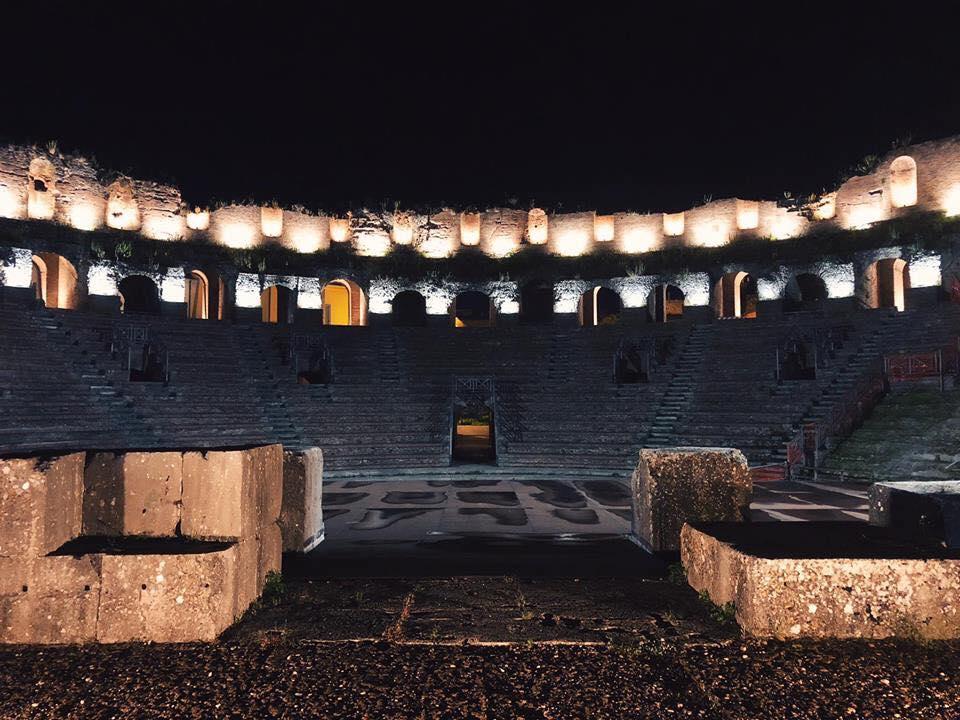 musica lirica Teatro Romano di Benevento Vittorio Sgarbi Katia Ricciarelli