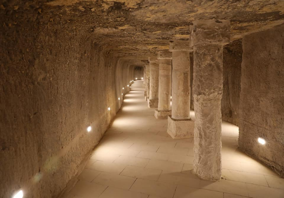 Piramide a gradoni di Djoser