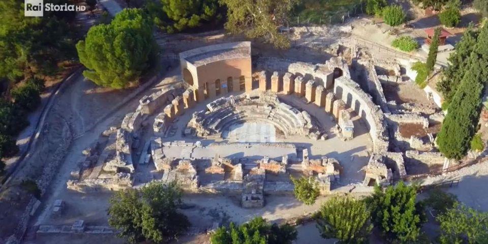 Scuola Atene archeologia italiana