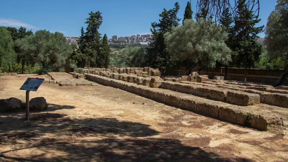 Agrigento Olympieion restauro Tempio di Giove Olimpio Valle dei Templi
