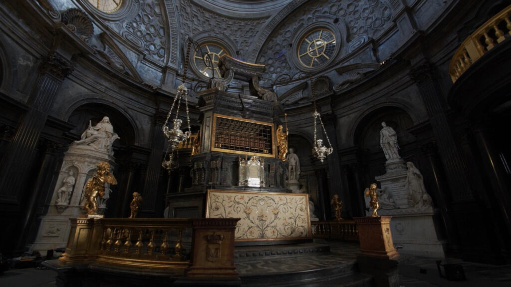restauro altare Cappella Sindone