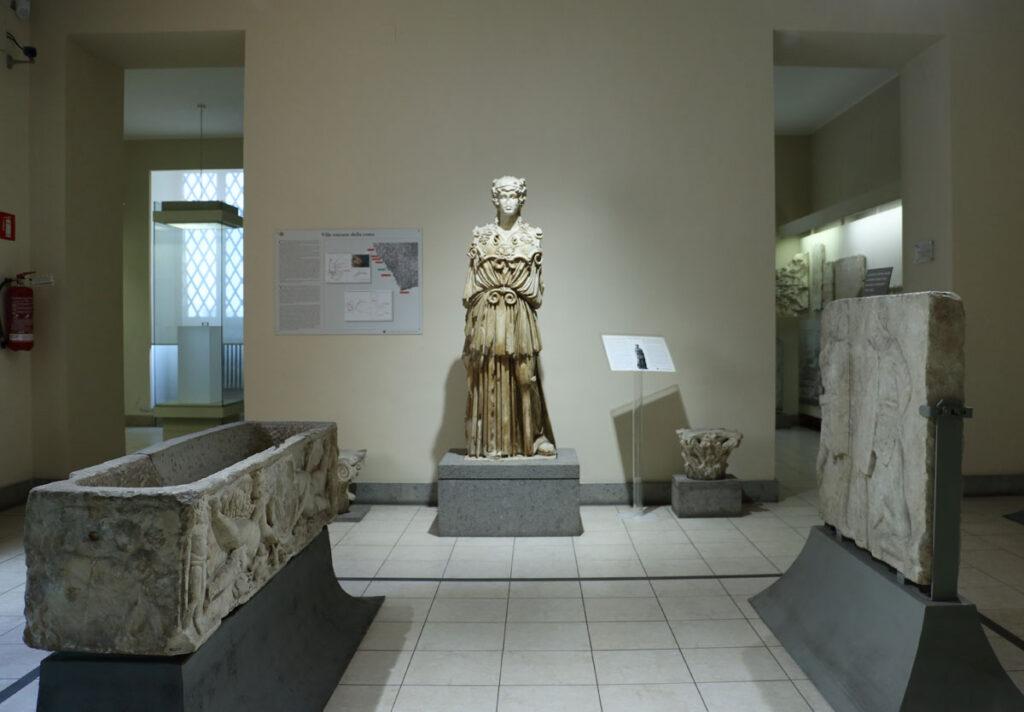 Museo Archeologico Nazionale di Civitavecchia - Sala dei marmi di età imperiale