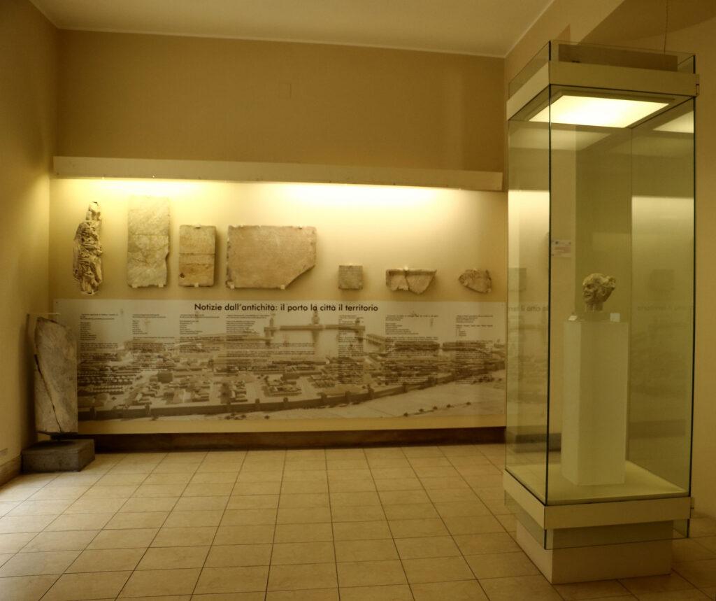 Museo Archeologico Nazionale di Civitavecchia - Sala epigrafica