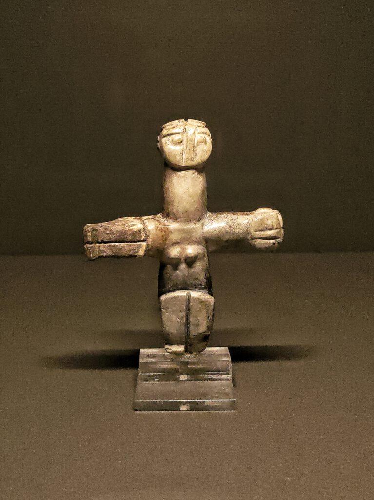 Figura antropomorfica cruciforme doppia, Salamiou-Anephani, 3000 a.C.